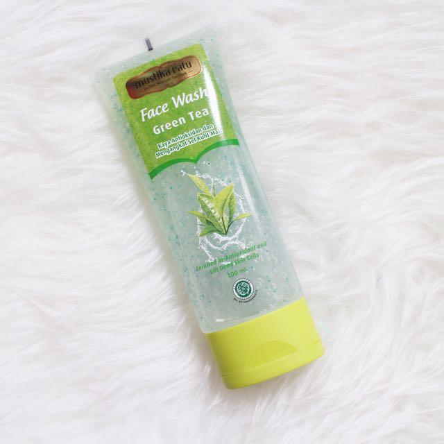 Face wash mustika ratu duo face care (green tea)