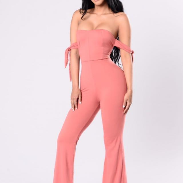 Fashion Nova Jumpsuit XS