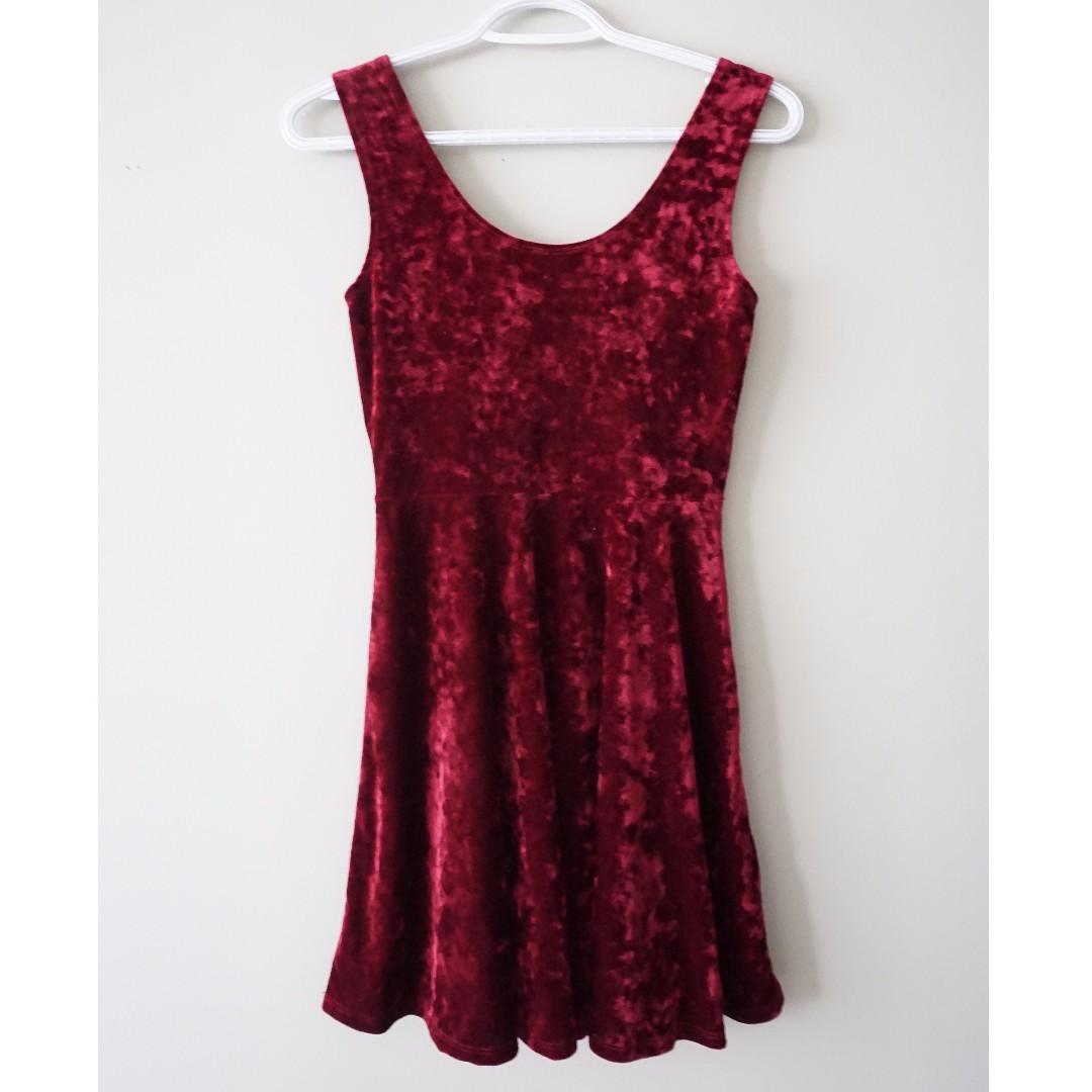 FOREVER21 Velvet Maroon Dress