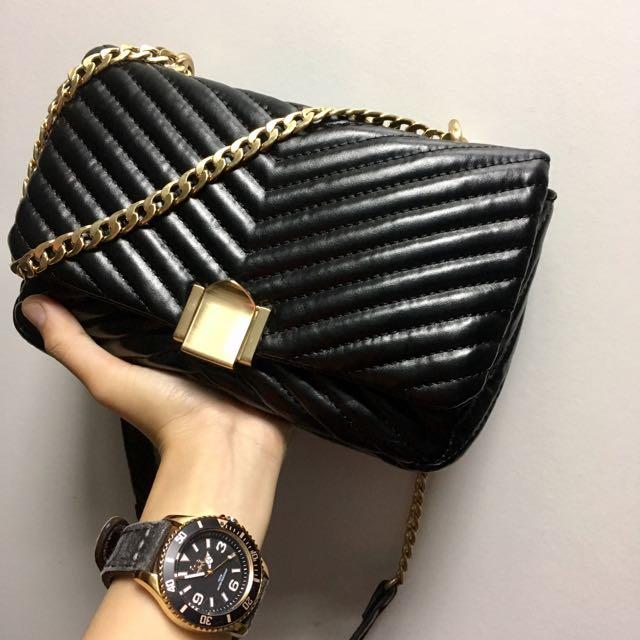 #FreePostage Topshop Obi Sling Bag (Chanel Chevron Inspired)