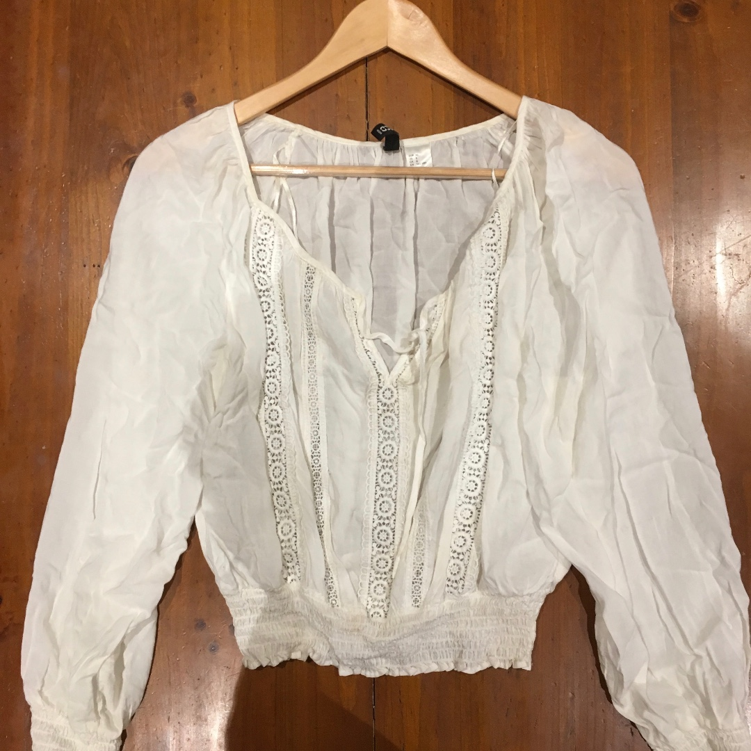 H&M Cream Long Sleeve Top
