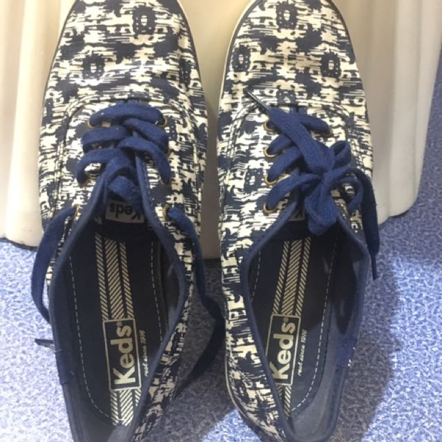 KEDS Navy blue And White