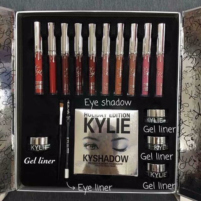 Kylie Holiday Vault Set