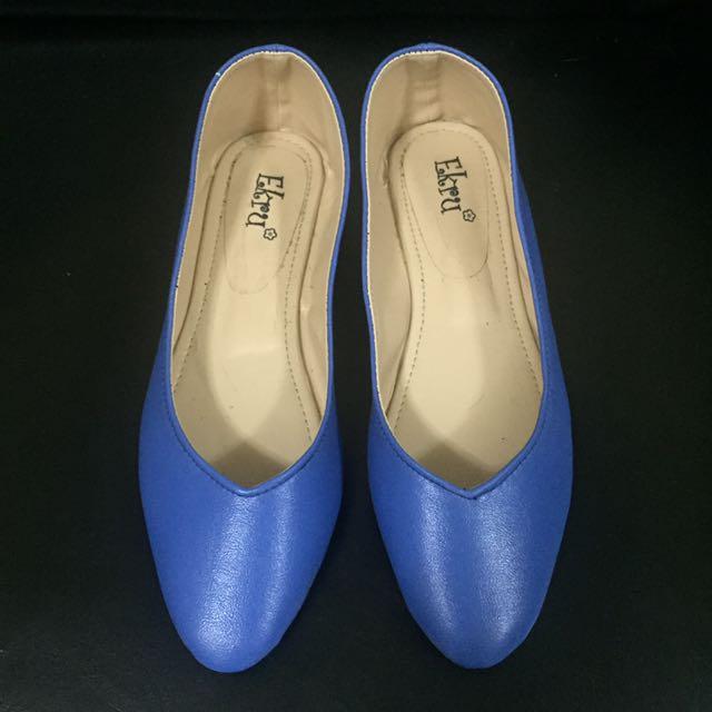 Marikina Made Pointed Vcut Flat Shoes (blue)