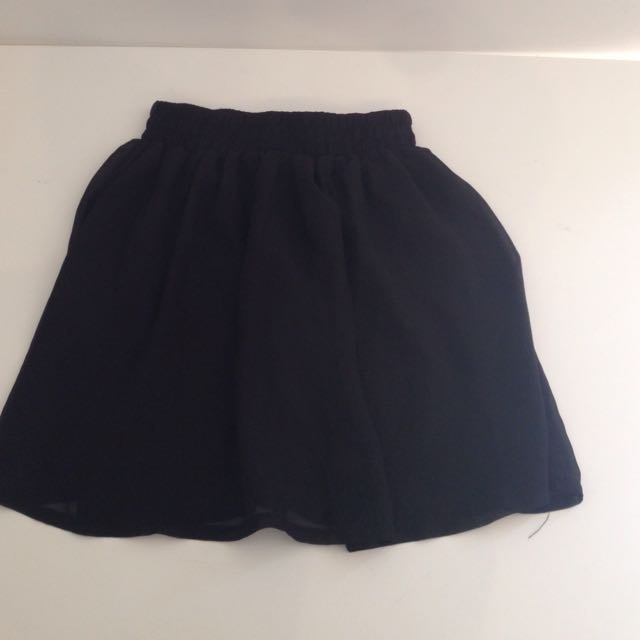Mini chiffon skirt