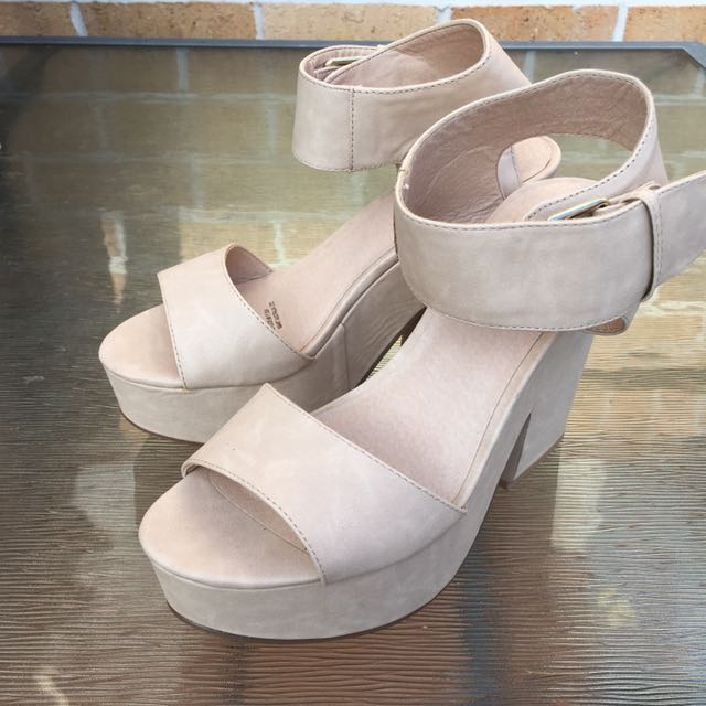 8a838bf8c14 Nude Size 7 Girl Express Platform Heels