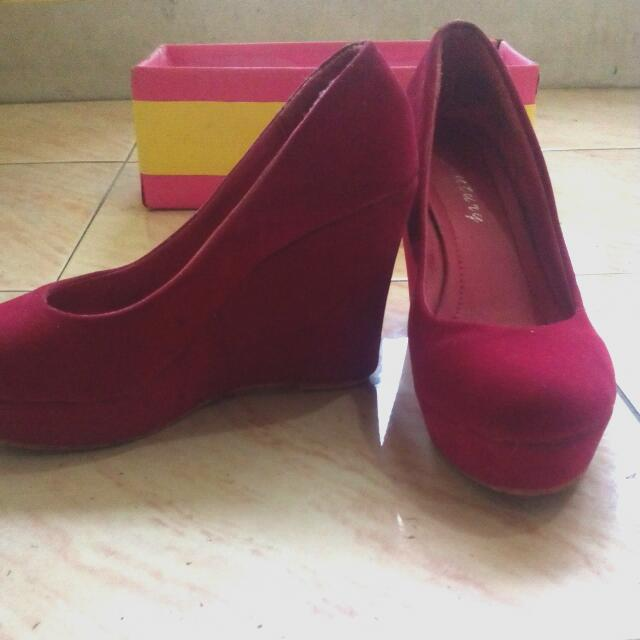 NAME YOUR PRICE!!  Pink Pumps