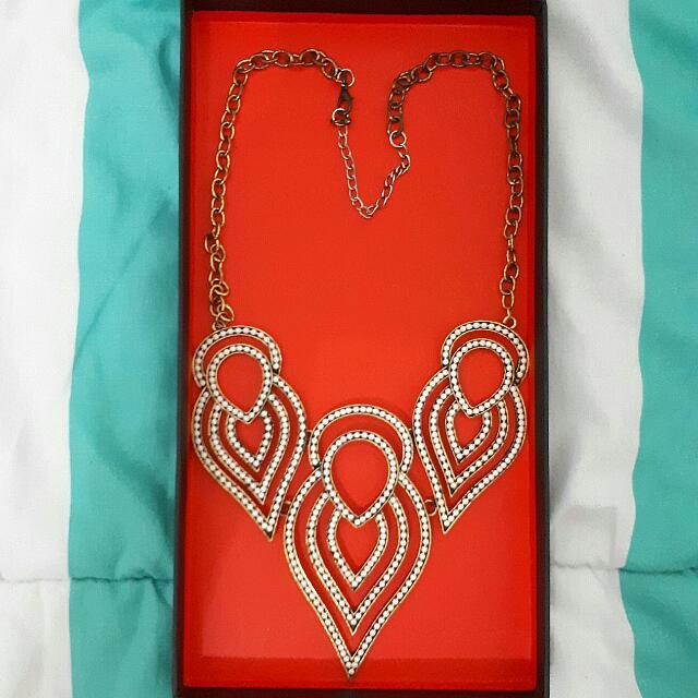 Preloved Vintage Necklace