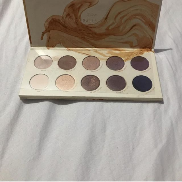 Preloved Zoeva Naturally yours Eyeshadow Palette