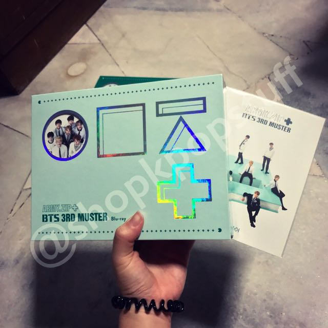 [READY STOCK] BTS 3RD MUSTER [ARMY ZIP+] BLU-RAY DISK + Official Special  Postcard + Free Gifts