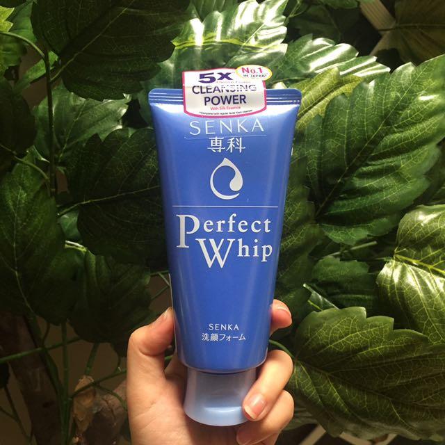 Senka Perfect Whip Facial Foam