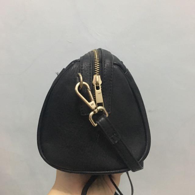 Stradivarius micro bowling bag
