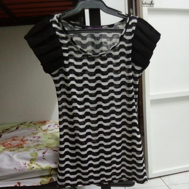 Sale!!!! Stripe Black And White Top