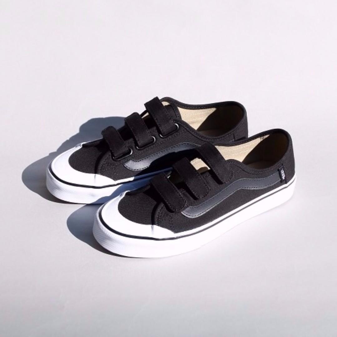 4046a35be3e VANS Blackball Velcro Shoes