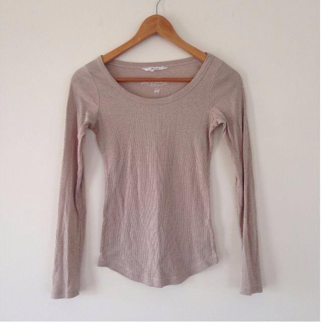 x2 SIZE 8 Fitted Long Sleeve Tops!