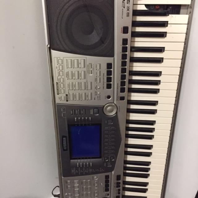 Yamaha PSR-2000 Keyboard