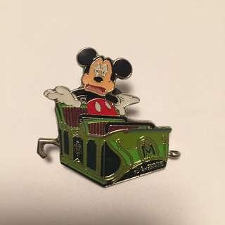 disney pins 迪士尼襟章徽章 驚嚇米奇 mickey mouse