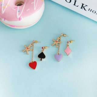 【flyer的旅行箱】日系愛麗絲小兔子愛心不對稱耳環 耳環/耳飾/耳針 兩色