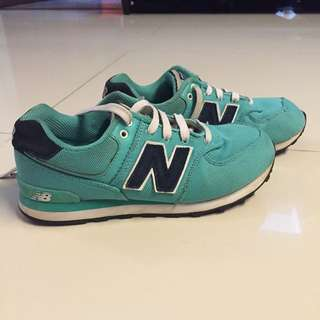 New Balance Shoes Unisex Size 35.5 Authentic