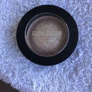 Sports girl Glow Cream - Champagne Colour