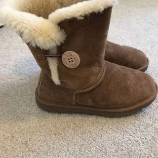 UGG Made In Australia Size 6