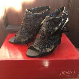 Size 7 Siren Heels