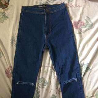 Highwaisted Joni Jeans Knee Ripped