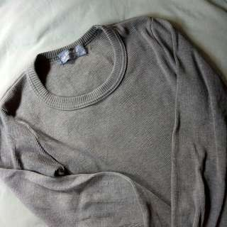 Grey Top. Ngikutin Badan