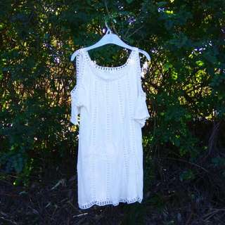 White And Lace Shoulder Cut Out Dress
