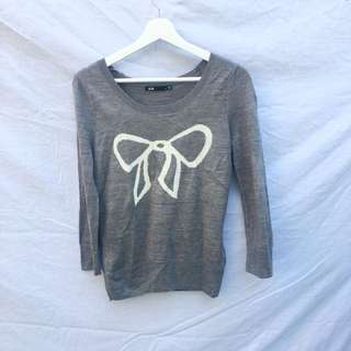 Grey Knit Jumper With White Bow