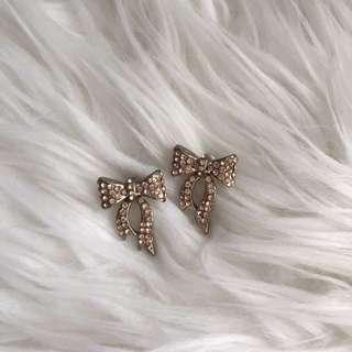 Bow Earring