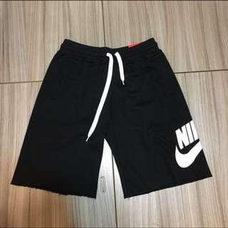Nike 棉短褲 全新 日線