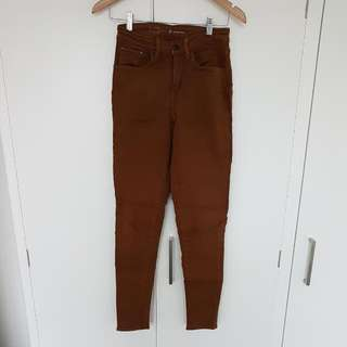 Levi's High Rise Skinny Camel Stretchy Jeans