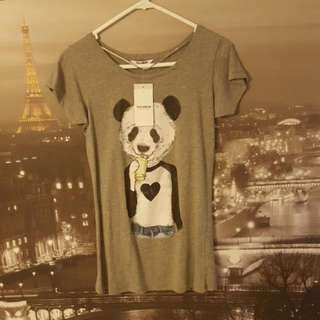 Pull & Bear Grey Panda Print T-Shirt | Size M (fits sizes XS/S)