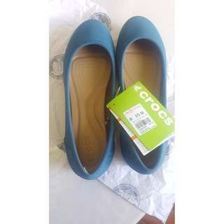 BRAND NEW Crocs Flats in Beautiful Turquoise Colour