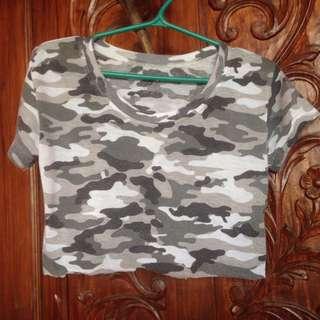 Camouflage Croptop