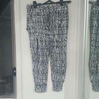 XS pants