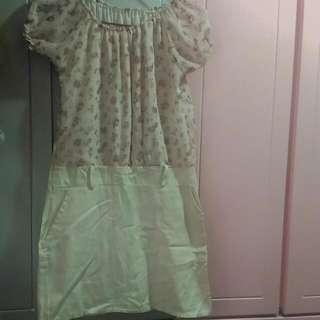 碎花粉紅雪紡連身裙  #跟我一起半價出清