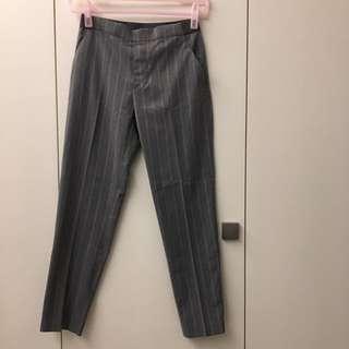 Uniqlo 灰色條紋彈性九分西褲S碼(全新僅試穿剪標)