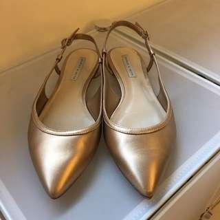 Charles & Keith 淡金色平底鞋37號