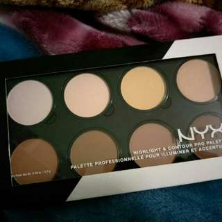 Special Deal 👑 NYX 💎 Pro Highlight & Contour Palette