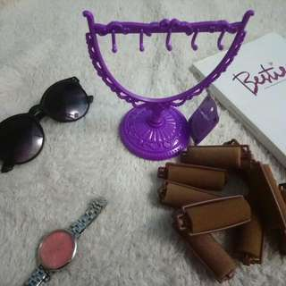 Jewelry Hanger And Hair Curler