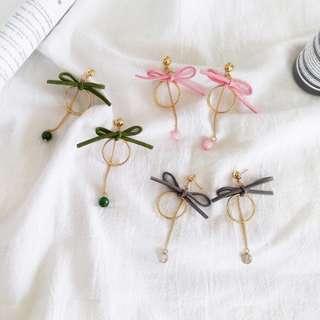 【flyer的旅行箱】韓版甜美極簡手工蝴蝶結圓圈珠珠吊墜 耳環/耳飾/耳針 三色