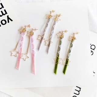 【flyer的旅行箱】鏤空星星花邊蕾絲絨布條 耳環/耳飾/耳針 三色