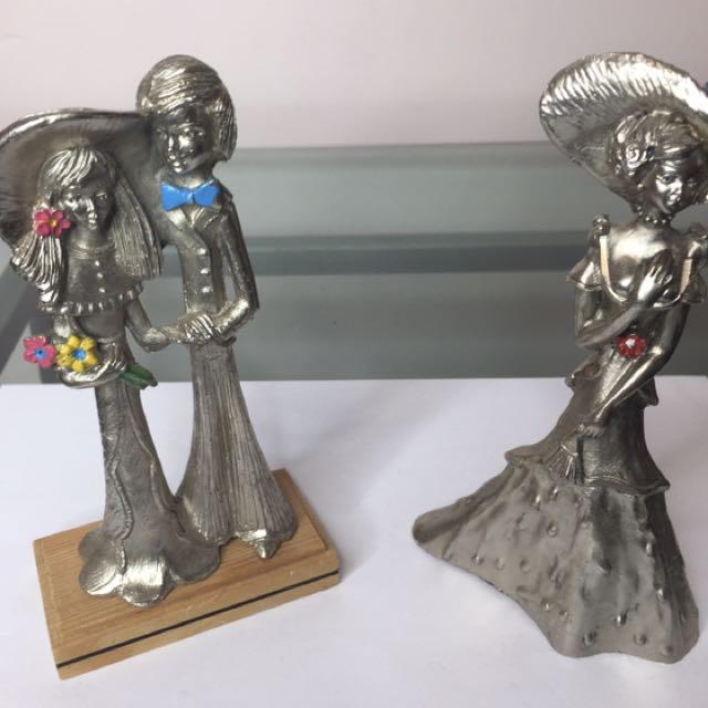 6 Metallized Figurines