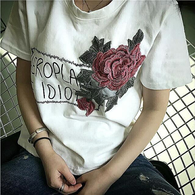 韓版立體花朵玫瑰上衣🌹
