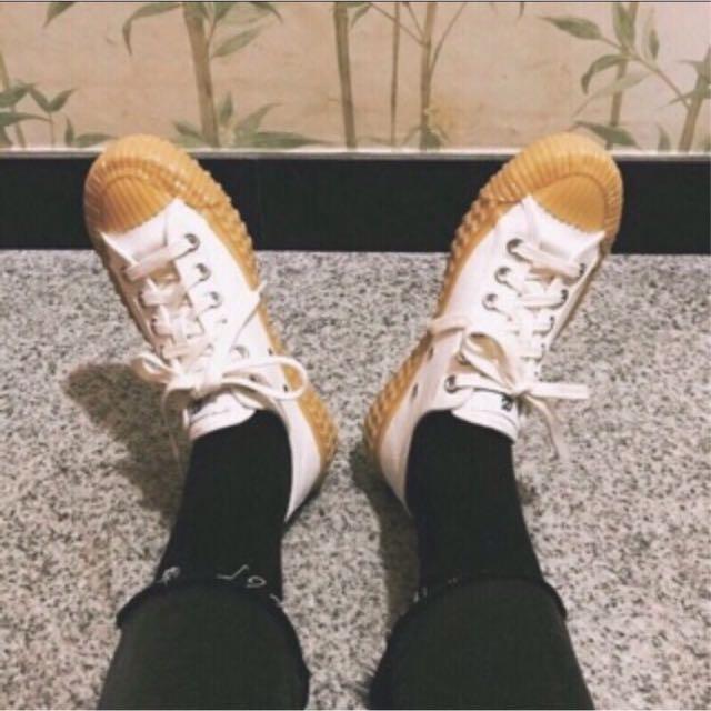 ❤️限量新品韓國新款韓妞最愛同款簡約百搭餅乾鞋 2017