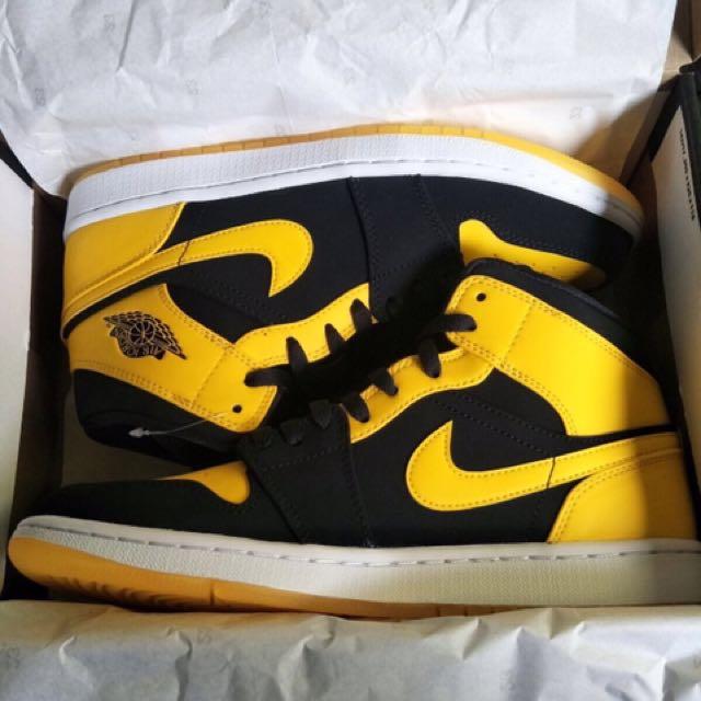 Air Jourdan 1 MID 球鞋