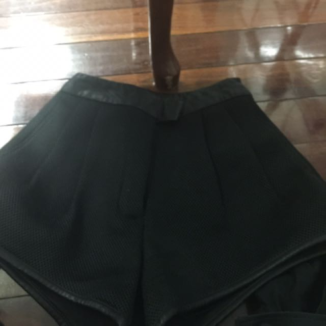 Black High Waist Short