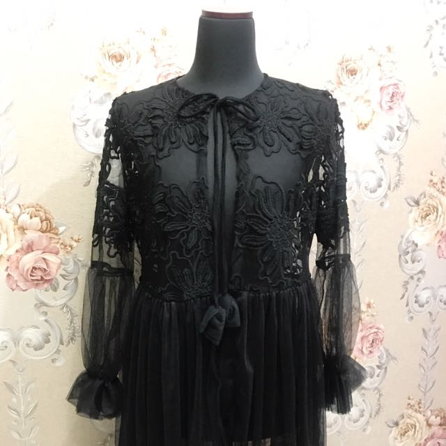 Black Lace Outter